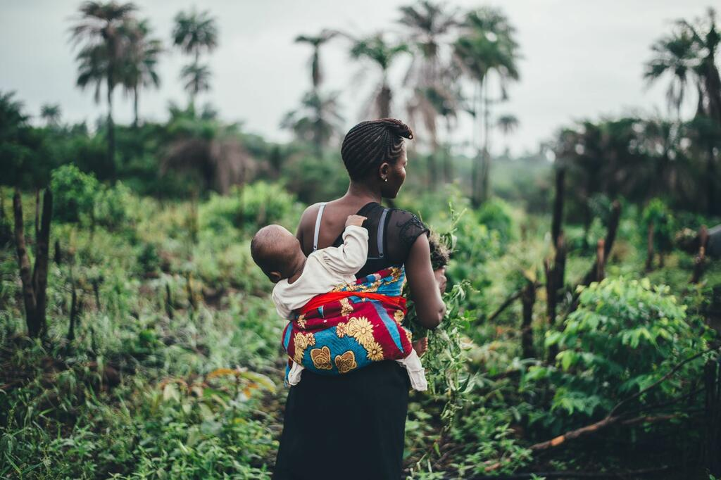 Sierra Leone woman with baby